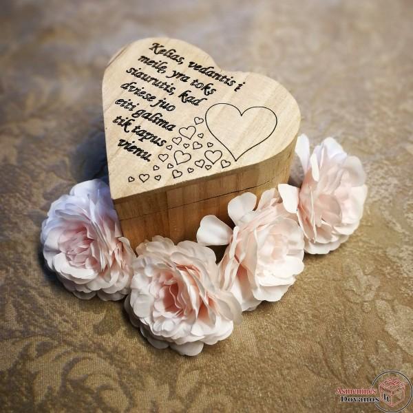 Graviruota dėžutė širdelė